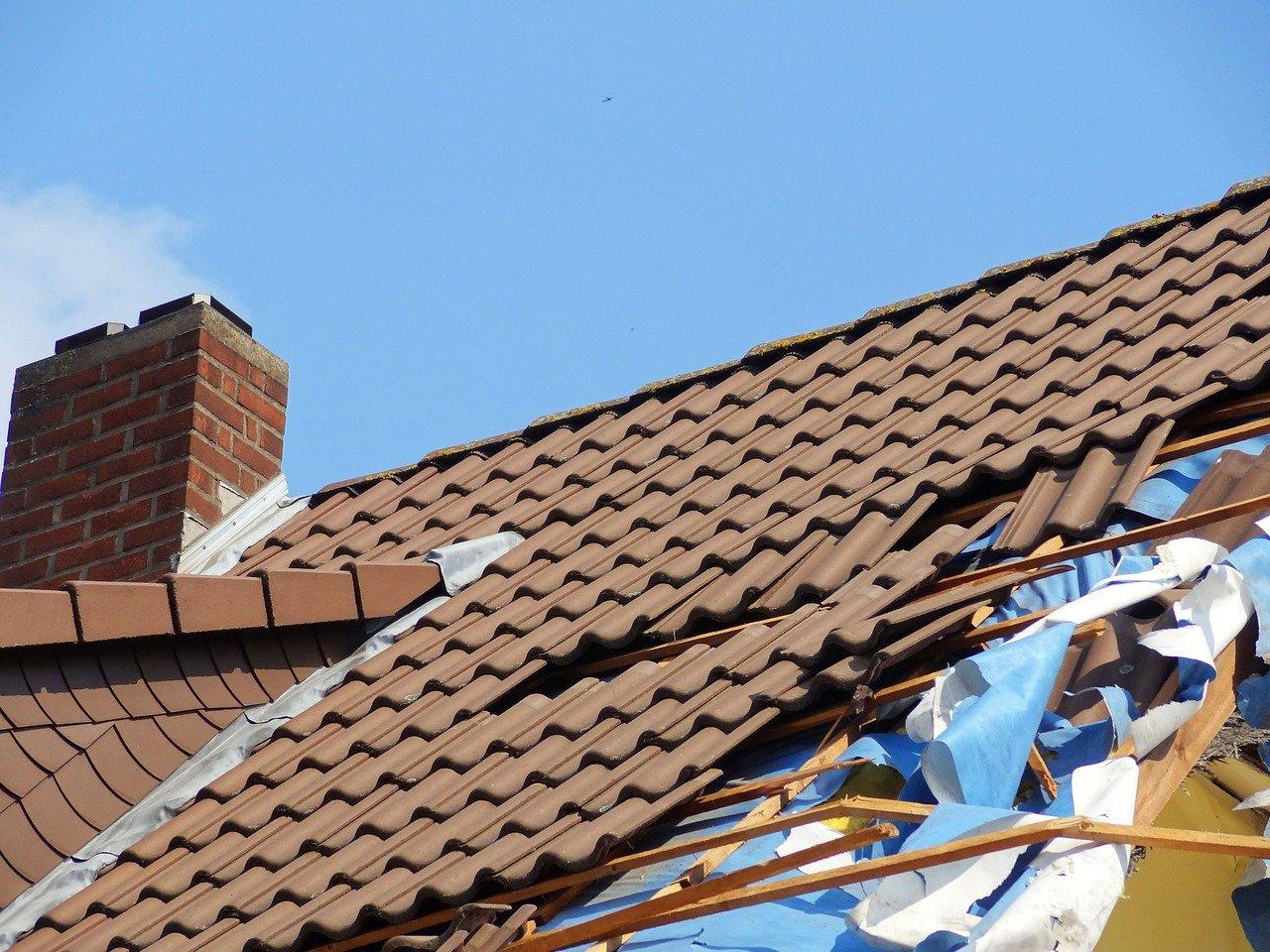 Herstellen dak na schade